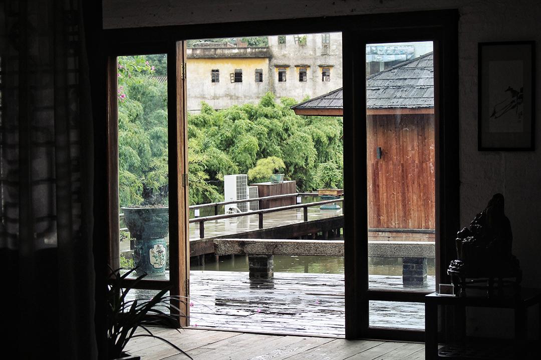 china14-tearoom.jpg