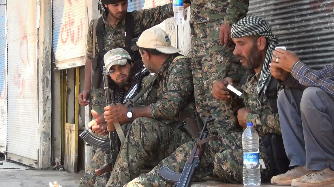 ASL_et_YPG_Tall_Abyad_juin_2015.PNG