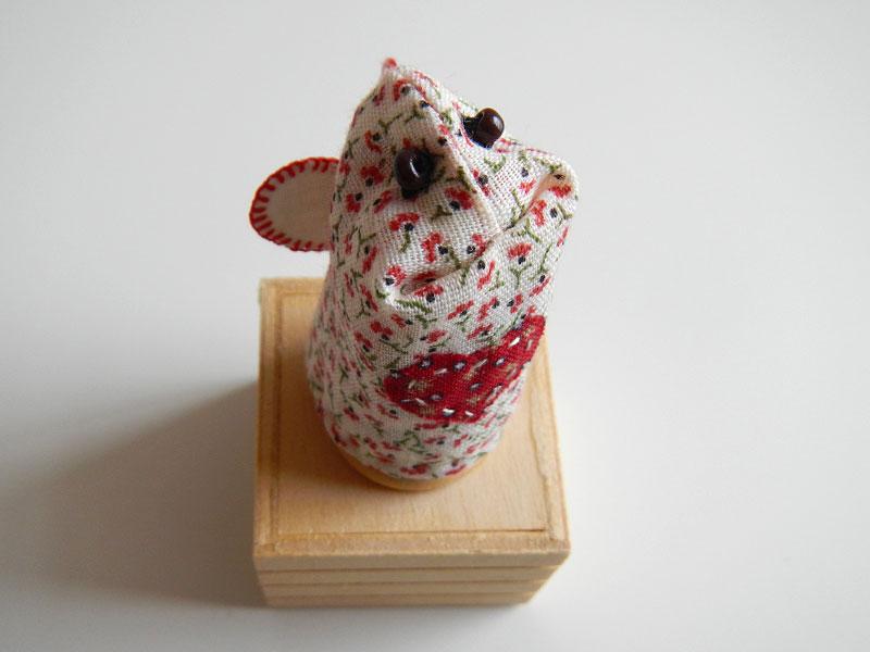 Love Bug Finger Puppet, top