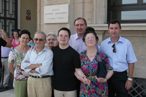 down-syndrome-francesco-inspiration-staff