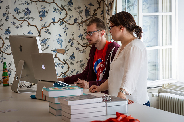 SmashingConf attendees using an iMac