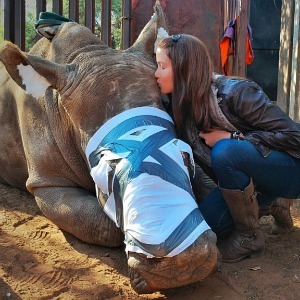 Shannon Elizabeth with Hope the Rhino