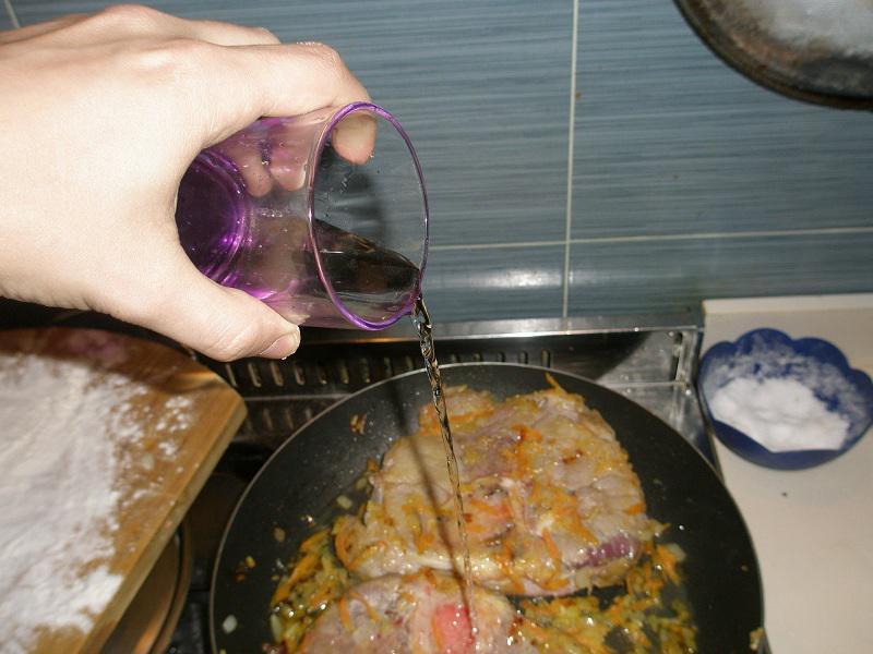 • Ossibuchi sfumati con il vino