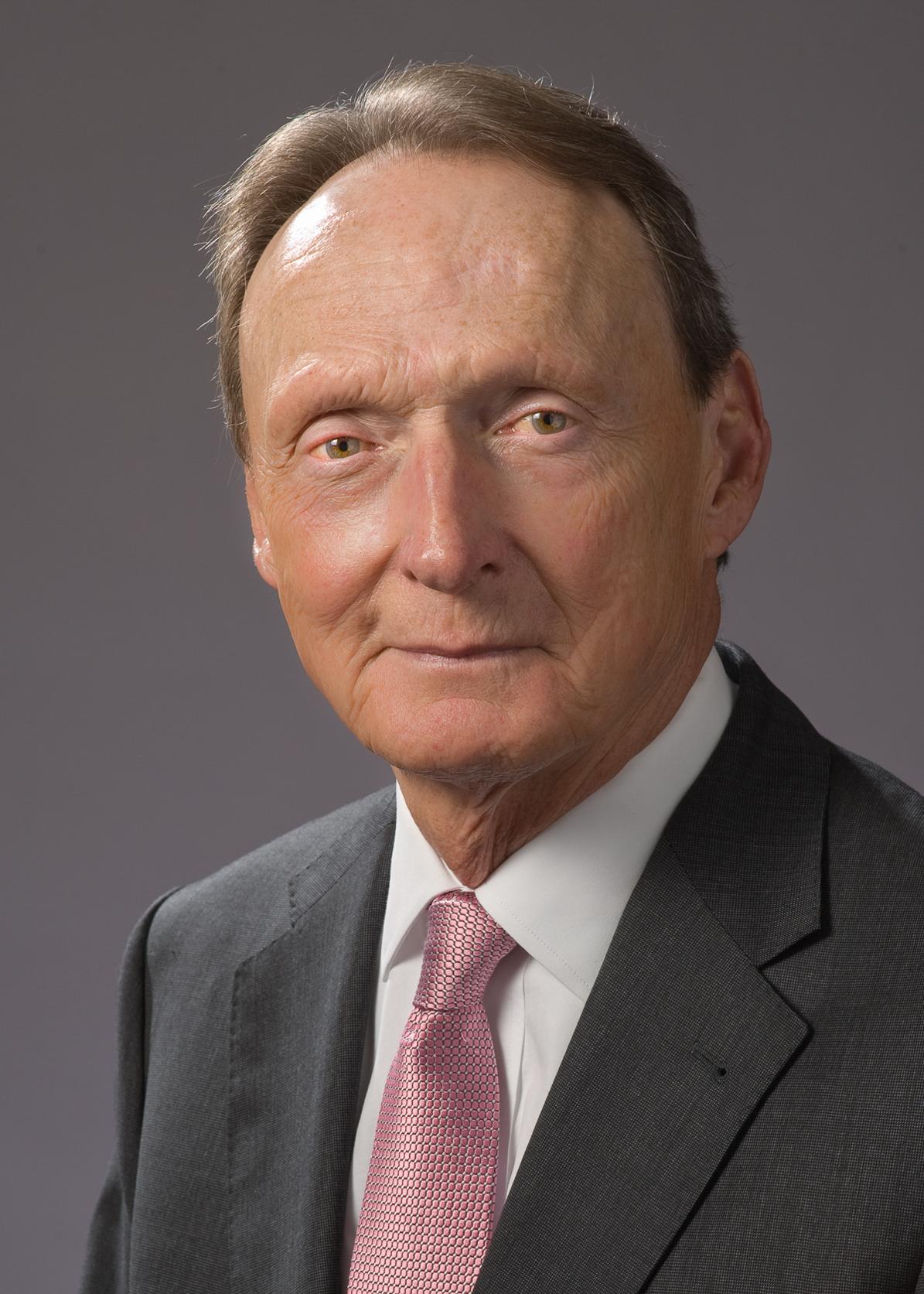 Earlon L. Seeley Jr.