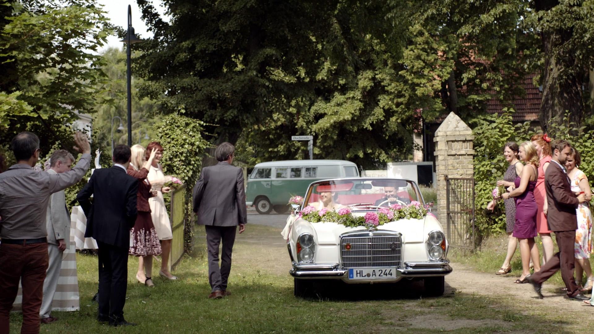Franziskas Welt — Hochzeiten und andere Hürden