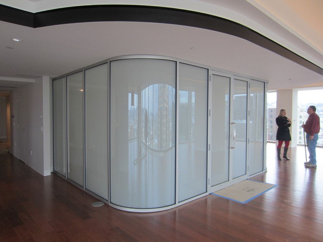 switchable privacy glass curved