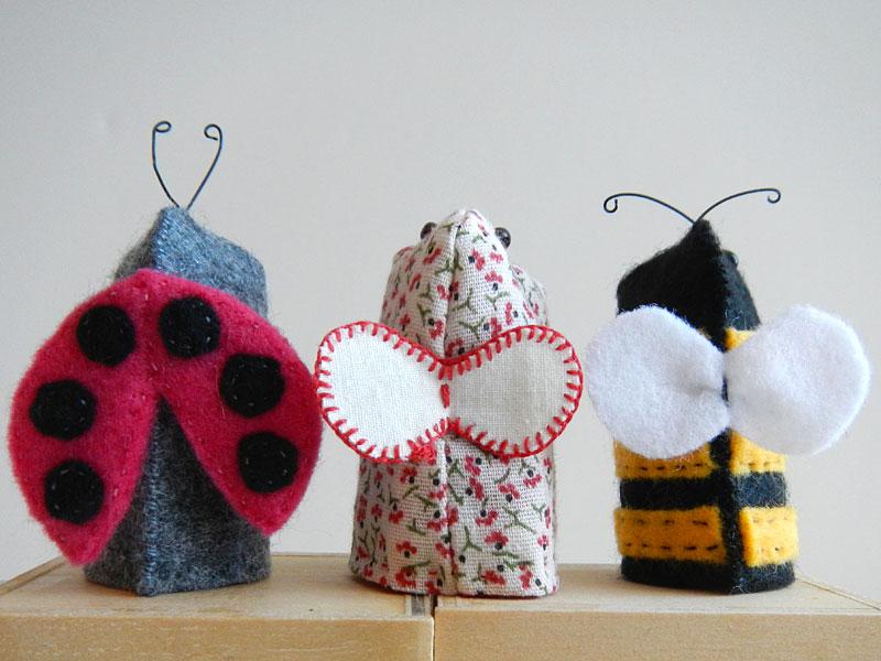 Love Bug Finger Puppets, back