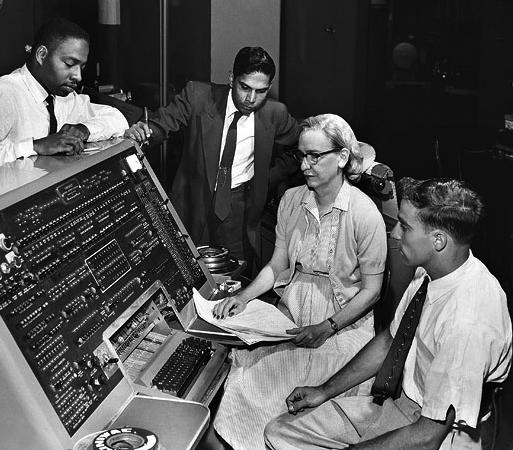 Grace_Hopper_and_UNIVAC.jpg