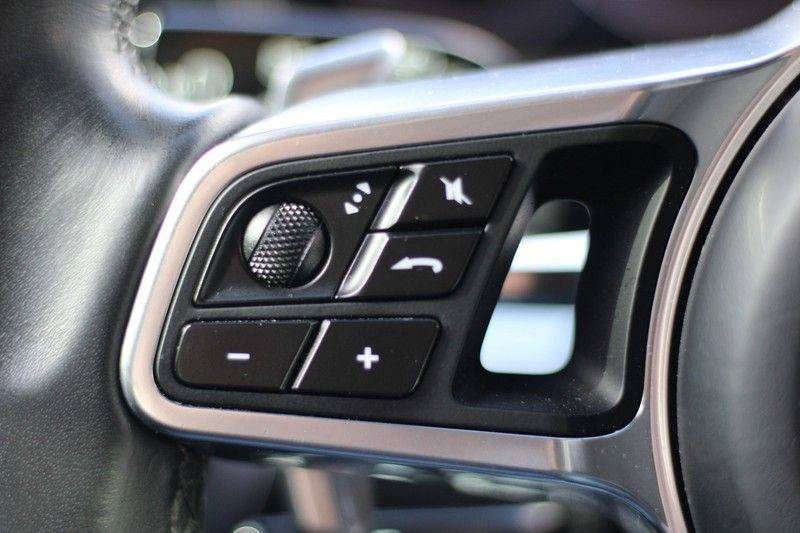 Porsche Panamera 4.0 Turbo Bose, Sportdesign, Pano, Rear seat entertainment afbeelding 11