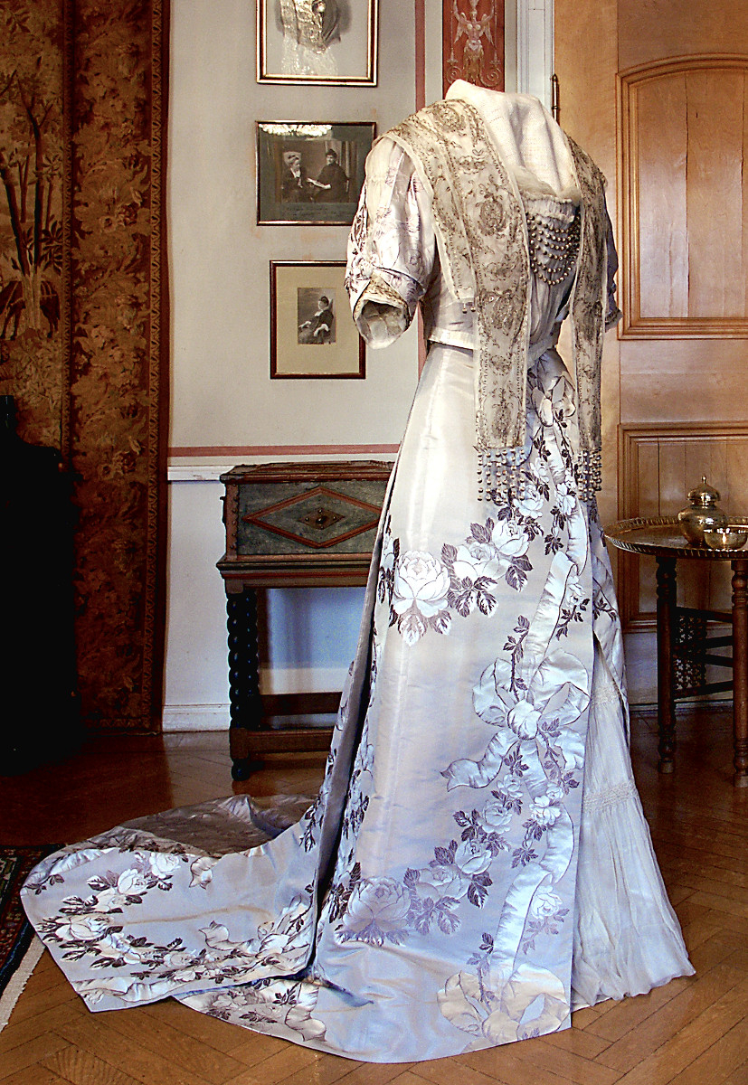 Selma Lagerlöfs Nobel Prize Dress in 1909