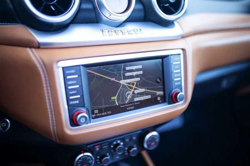 """Ferrari California 3.9 T HELE *Rosso California / Regelb. Sportuitlaat / 20"""" / 2-Tone* afbeelding 10"""