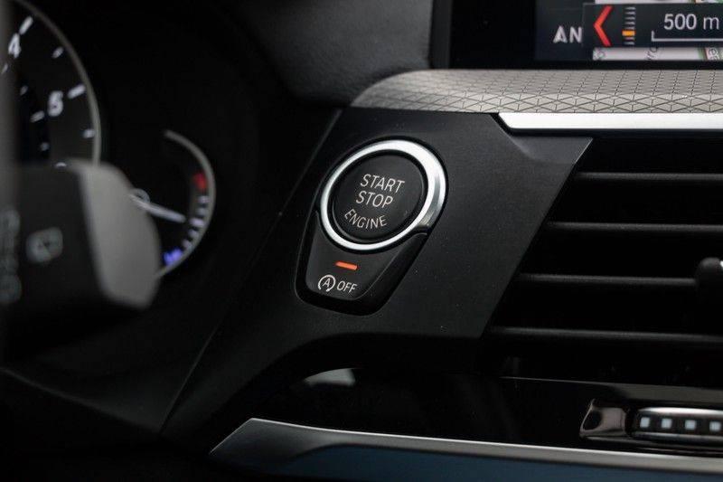 "BMW X3 M40i xDrive 360pk Panoramadak VirtualCockpit ShadowLine Sportleder Hifi AmbientLight 20"" Camera ParkAssist Pdc afbeelding 23"