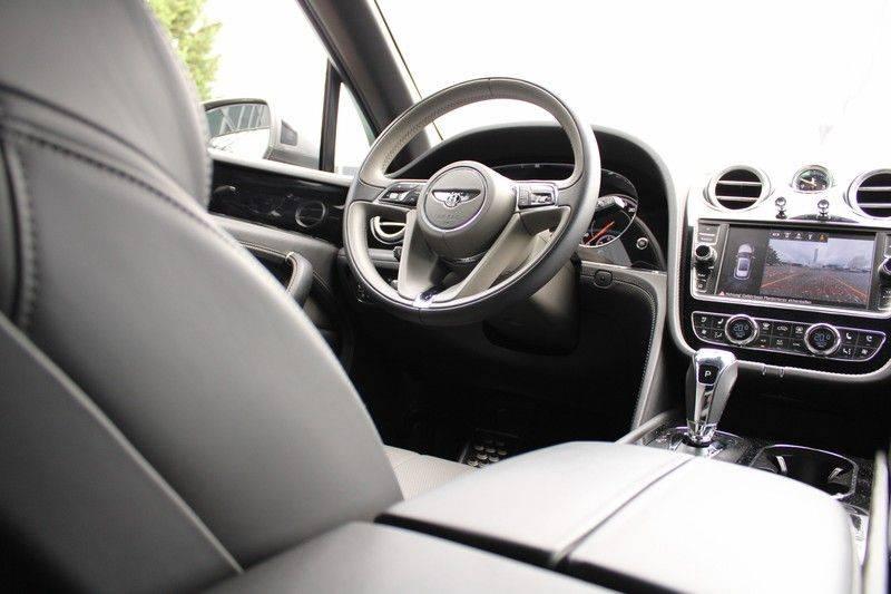 Bentley Bentayga 4.0 D 7p, Rear seat entertainment afbeelding 4