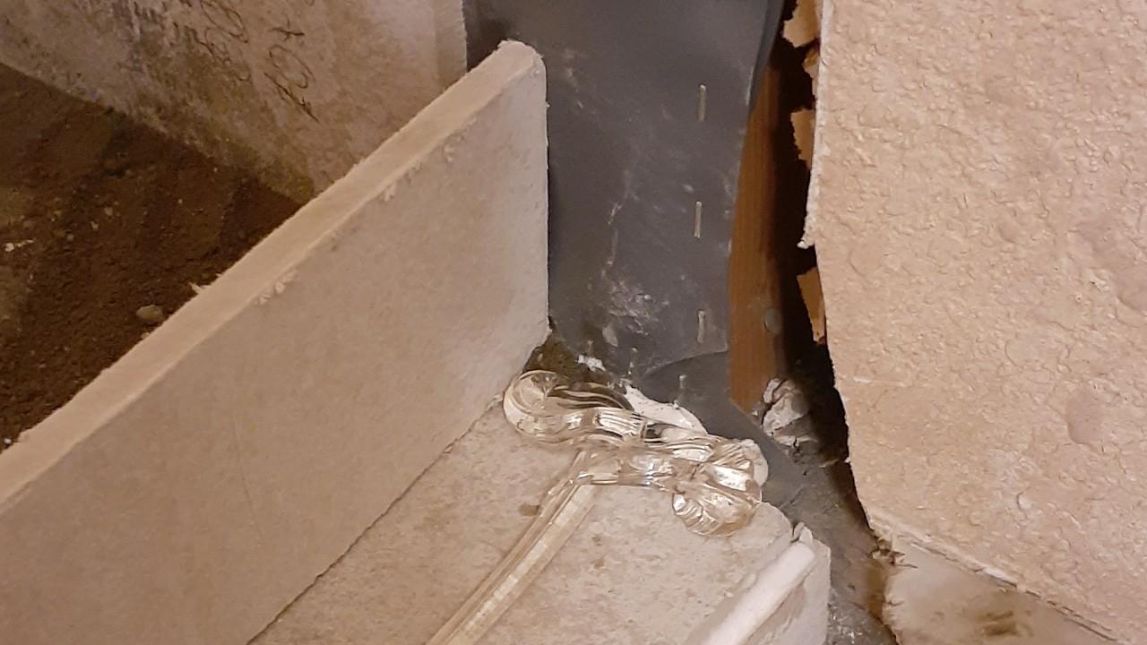 plumbing-custom-shower-liner--lining-11