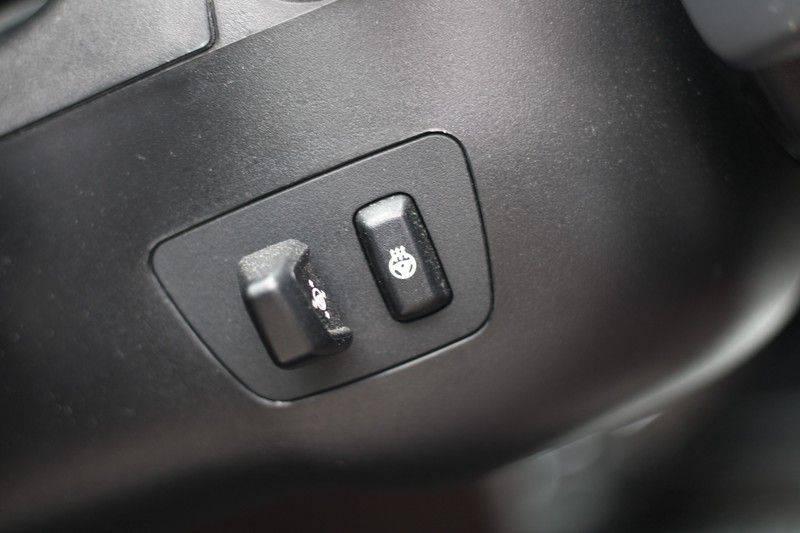 BMW X5 xDrive50i High Executive Pan.dak, Surr. view afbeelding 20