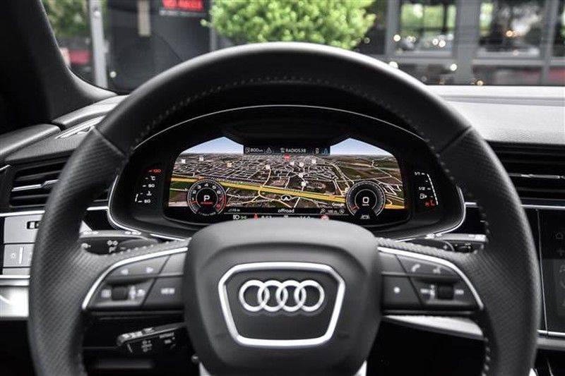 Audi Q8 55 TFSI S-LINE+23INCH+PANO.DAK+360CAM+BLACKLOOK afbeelding 7