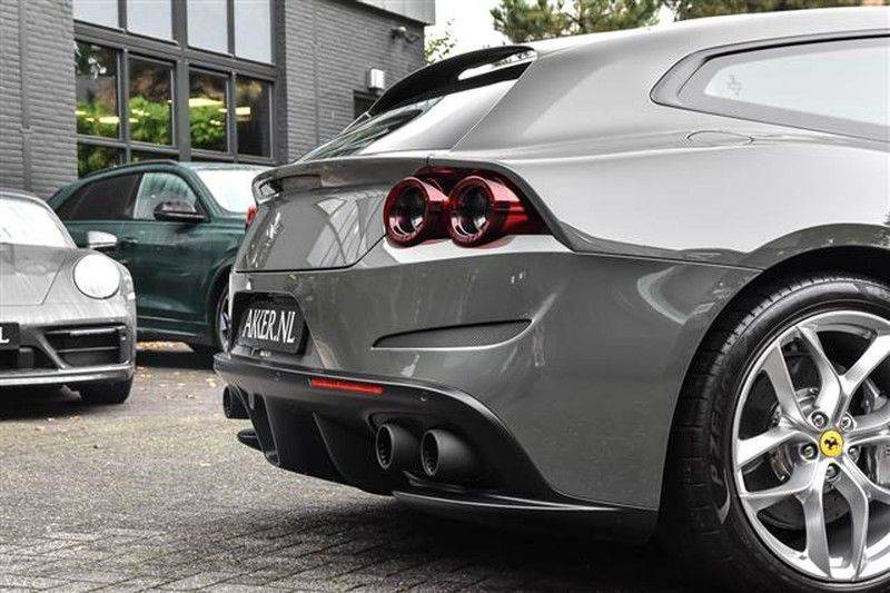 Ferrari GTC4 Lusso T HELE PASS.DISPLAY+PANO.DAK+DAYT.STOEL NP.350K afbeelding 17