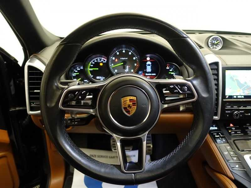 Porsche Cayenne 3.0 S E-Hybrid 334pk Sport Chrono Aut- Panodak, Bose, Leer, Camera, Full! afbeelding 4