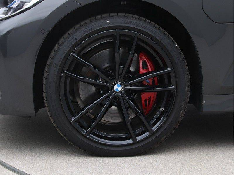 BMW 3 Serie 330Xe Touring High Exe M-Sport Hybrid afbeelding 23