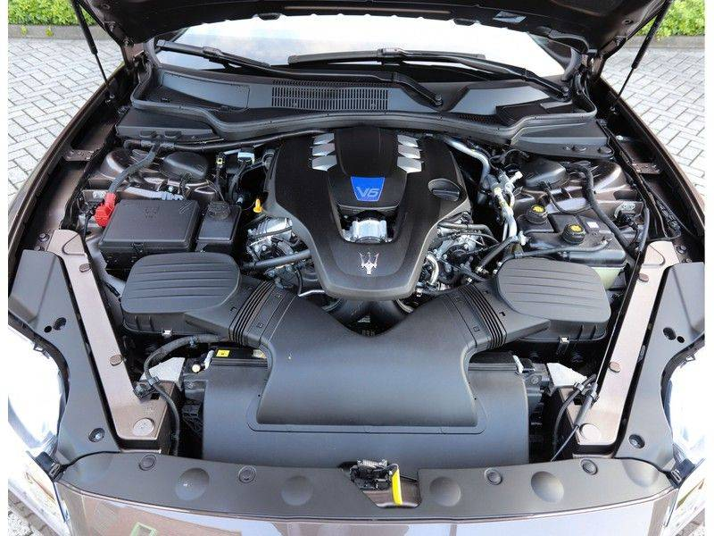Maserati Quattroporte 3.0 S Q4 *BTW*Schuifdak*Camera*1e eig* afbeelding 18