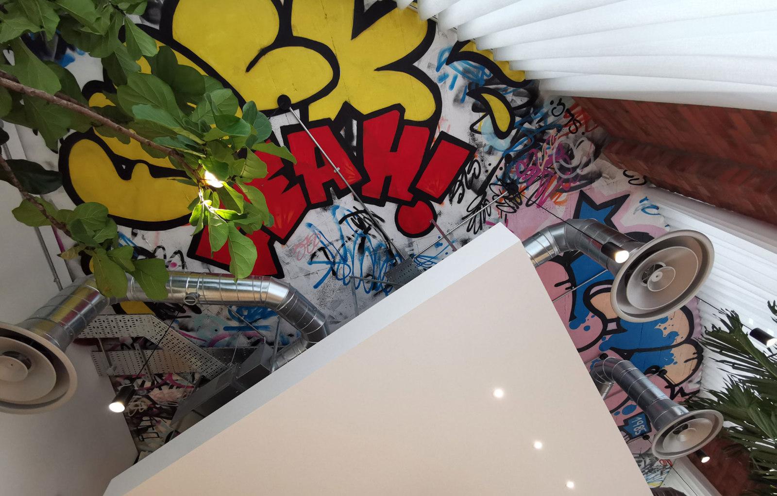 slg-brands-studio-19-boardroom-graffiti