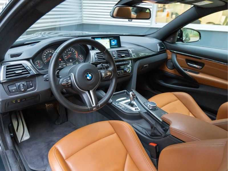 BMW 4 Serie Coupé M4 Competition - Individual afbeelding 20
