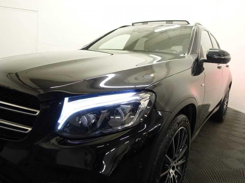 Mercedes-Benz GLC 250D 4MATIC 9G- AMG Night Edition, Pano, Rijassistentiepakket,Leer, Full afbeelding 10