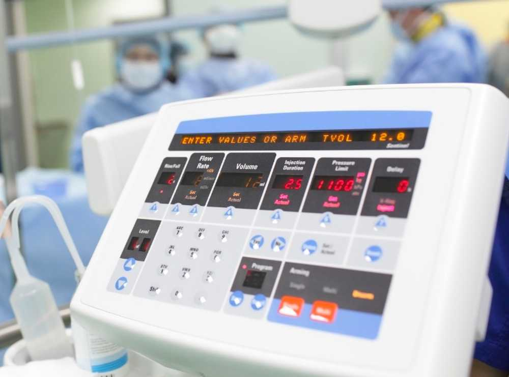 Accruent - Resources - Blog Entries - How to Improve Healthcare Technology Management with a Modern CMMS - Hero