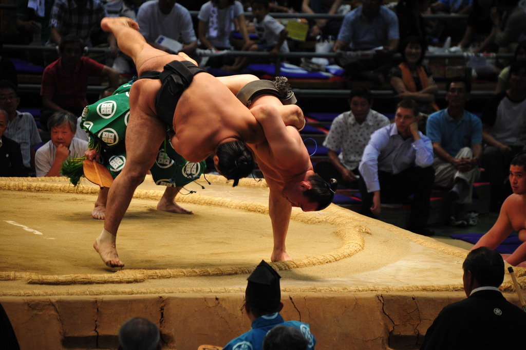 Sumo tipping point