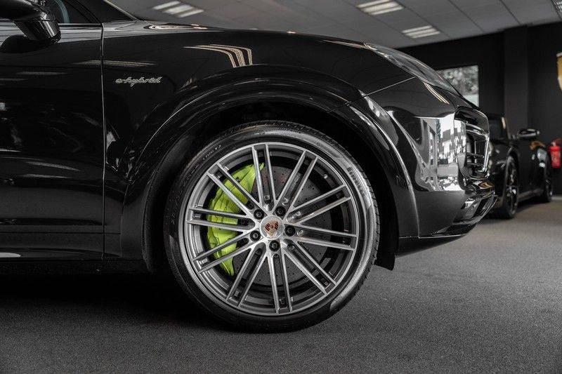 Porsche Cayenne Turbo S Hybrid Burmester Sport Design Sport Uitlaat 4.0 Turbo S E-Hybrid afbeelding 12