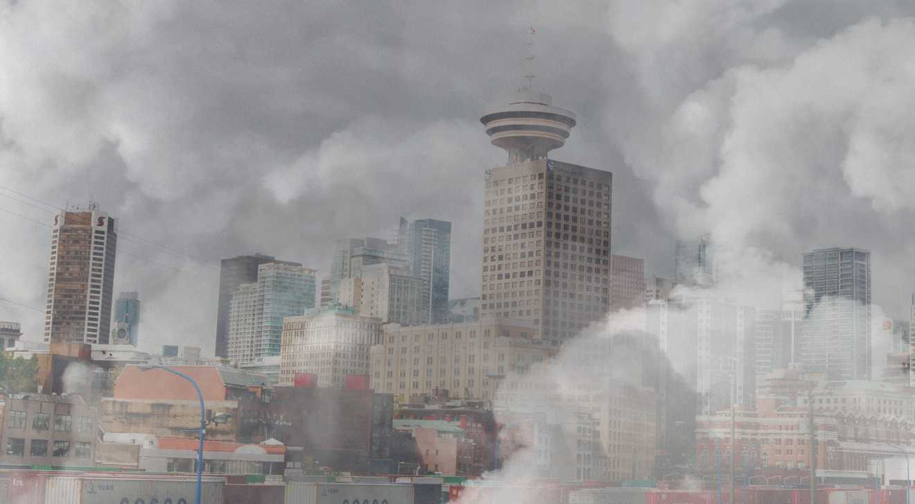 Smoke from wildfires descends on Vancouver