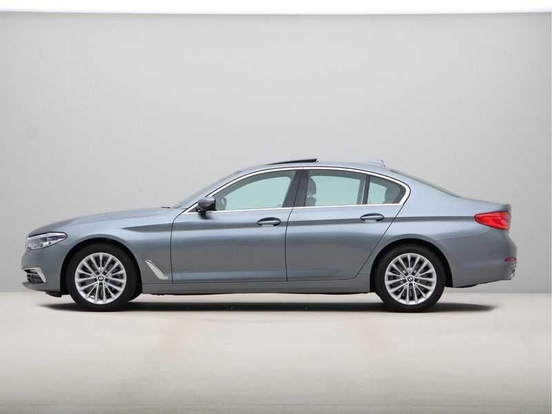 BMW 5 Serie 520i High Exe Luxury Line afbeelding 11