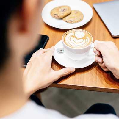 Peaceful mornings tucked in a quiet corner of Plaza Mont Kiara. Quick poll: are you a sweet or savory breakfast person? . . . . #☕#whatsontapkl #plazamontkiara #fridaymood #morningslikethese #morningfuel #cuppa #breakfasttime #breakfastideas #malaysianbreakfast #coffeeshopsoftheworld