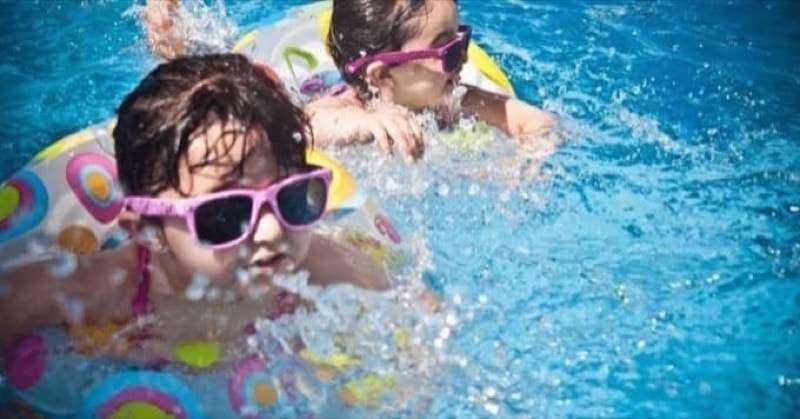 Cleaning kiddie pool