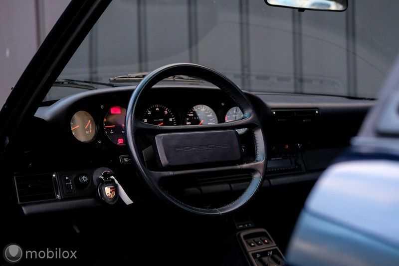Porsche 911 Coupé 3.6 Carrera 4 afbeelding 17