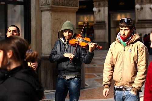 Violinist 4211