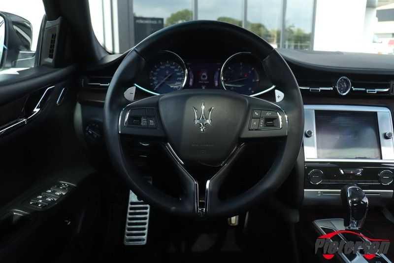 Maserati Quattroporte 3.0 D V6 SCHUIFDAK CAMERA LEDER afbeelding 15