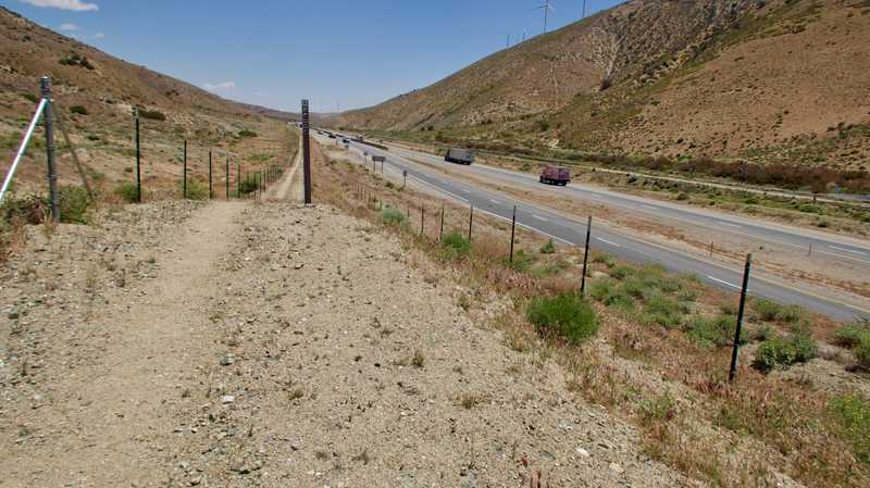PCT along Barstow-Bakersfield Highway
