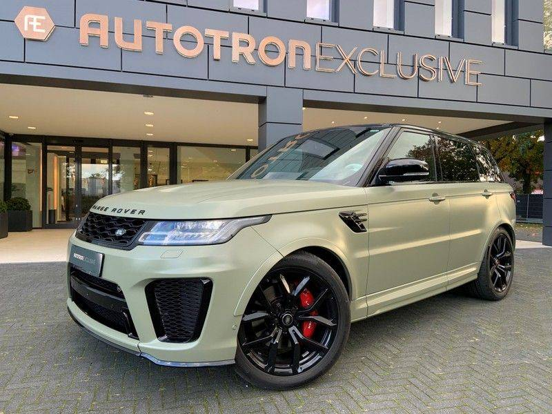 "Land Rover Range Rover Sport P575 SVR 'Solid Gloss Avocado' Carbon SVR motorkap + Drive Pro Pack + Panoramadak + 22"" + Stoelkoeling + Head-Up + Stuurwielverwarming + Carbon interieur afbeelding 1"