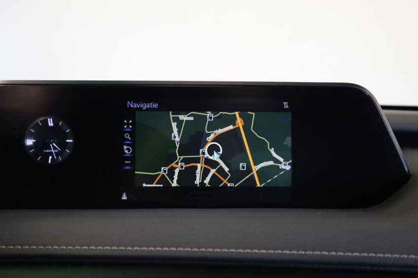 """Lexus UX 250h F Leder Navigatie Clima Cruise Camera Elektr. Klep 18""""LM *tot 24 maanden garantie (*vraag naar de voorwaarden) afbeelding 14"""