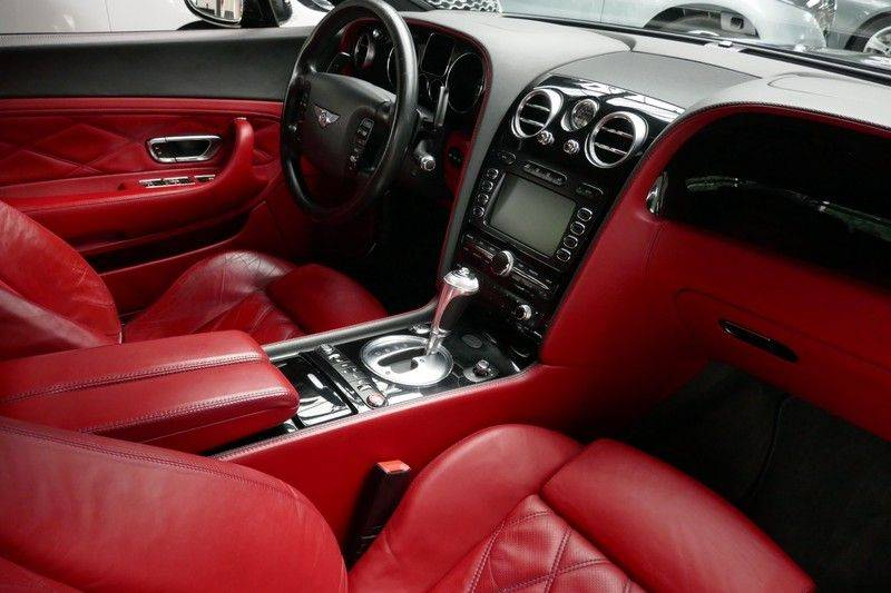 Bentley Continental GT 6.0 W12 Mulliner - NL Auto - Youngtimer afbeelding 16