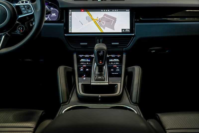 Porsche Cayenne 3.0 E-Hybrid | Panorama | Memory | 360 gradencamera | Sport Chrono | DAB afbeelding 19