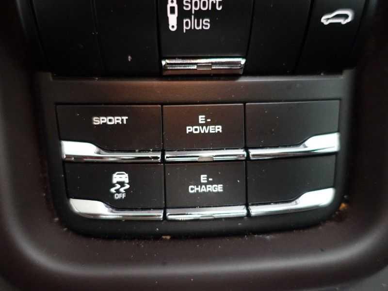 Porsche Cayenne 3.0 S E-Hybrid Sport Plus 334pk Panodak, Bose, Leer, Xenon, Navi, Full! afbeelding 11