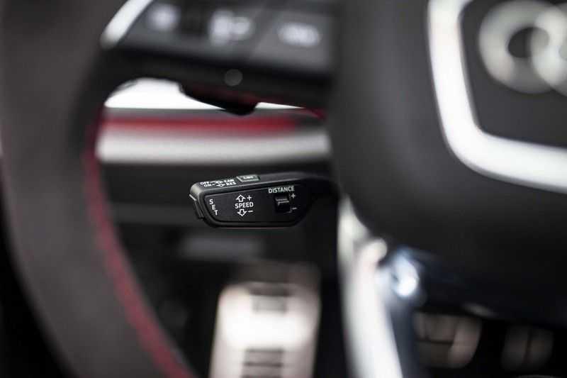 "Audi RS Q8 4.0 TFSI Quattro *RS-Dynamic Plus / Keramisch / Massage / HUD / 23"" / B&O* afbeelding 11"