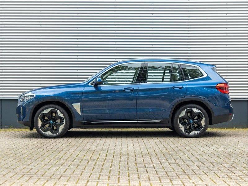 BMW iX3 High Executive - Direct Beschikbaar! afbeelding 6