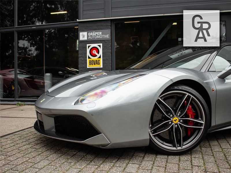 Ferrari 488 3.9 GTB HELE afbeelding 10