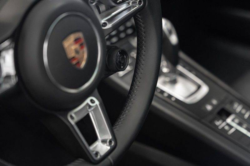 Porsche 911 991.2 Turbo S Burmester Akrapovic 3.8 Turbo S afbeelding 20
