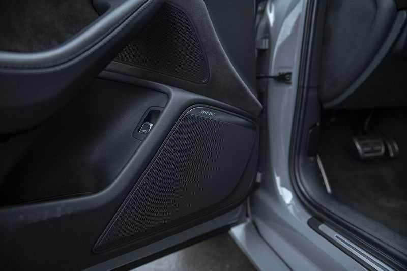 Audi RS6 Performance Pro Line Plus 4.0 TFSI quattro 605PK BTW + Keramisch + Carbon + Nardo Grey + Panoramadak + 4 nieuwe banden afbeelding 5