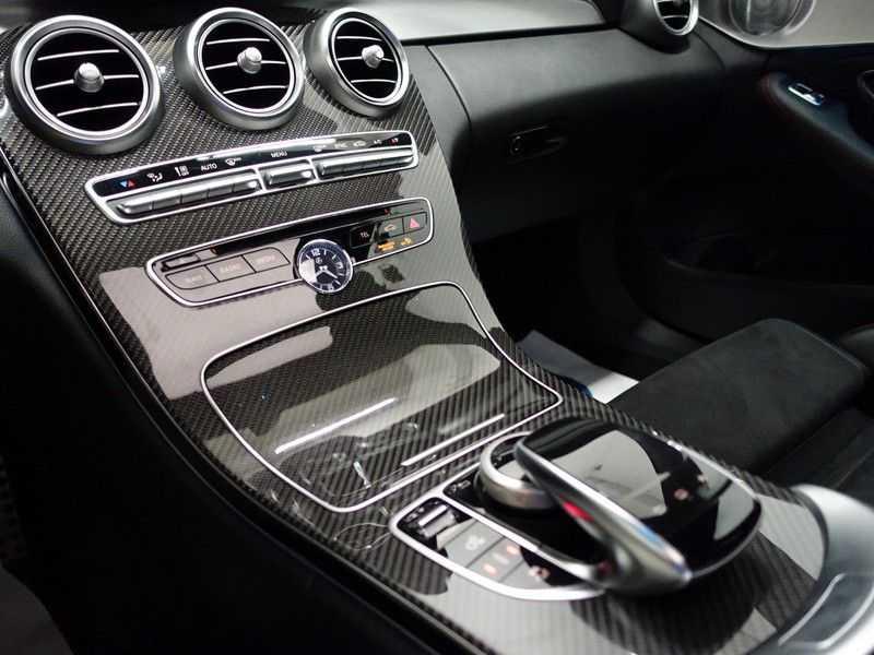 Mercedes-Benz C-Klasse 43 AMG 4MATIC 368pk Performance Carbon, Pano, Full afbeelding 10
