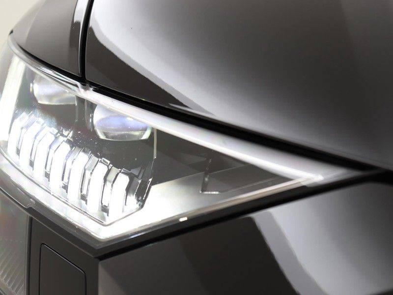 Audi RSQ8 4.0 TFSI 600 pk RS Q8 quattro | Pano.Dak | Carbon | Trekhaak | Keyless-Entry | 360Camera | B&O Sound | Alcantara | afbeelding 21